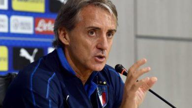 صورة مدرب ايطاليا يكشف عن عدم استدعاء بيلوتي