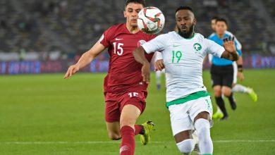 صورة تعرف على معلق مباراة السعودية وقطر في نصف نهائي خليجي 24