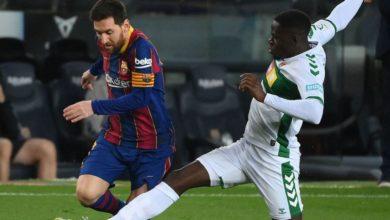 صورة برشلونة يستعيد توازنه بالفوز على إليتشي