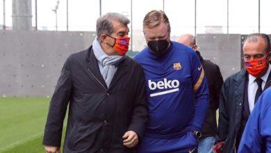 صورة لابورتا يبدأ مهامه بزيارة مران برشلونة