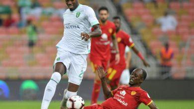 صورة تعرف على معلق مباراة الأهلي والقادسية في الدوري السعودي